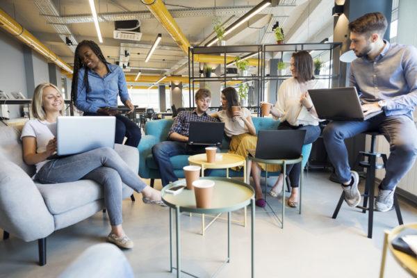 Veja como o coworking proporciona conhecimento e novos negócios!